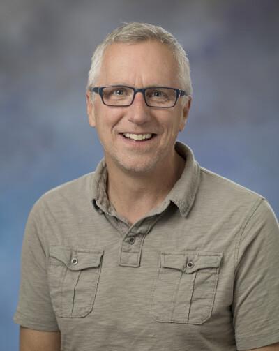 Dan Holst